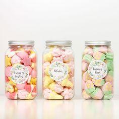Bote de golosinas para Candy Bar www.lafiestadeolivia.com #candybar #comuniones…