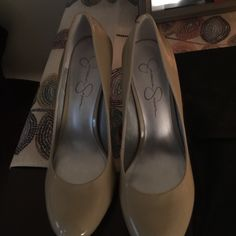 Like New Jessica Simpson Heels Bought recently and my feet are too wide. Size 8. No flaws. Make me an offer! Nude. Jessica Simpson Shoes Heels