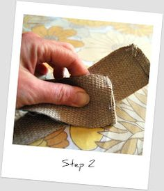 madebyloulabelle: How to: make a pair of simple jute bag handles