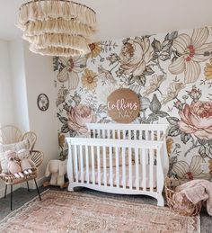 Harlow // Peel and Stick Wallpaper // Removable Floral Nursery, Baby Nursery Decor, Baby Bedroom, Girls Bedroom, Baby Girl Nursery Wallpaper, Baby Girl Rooms, Baby Nursery Ideas For Girl, Vintage Nursery Girl, Baby Girl Nursey
