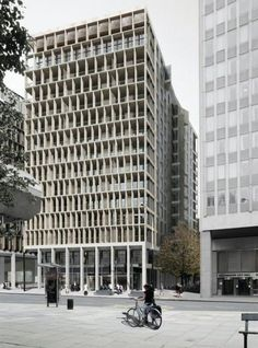 Also by Lynch Architects for Lynch Securities, Kingsgate House, Victoria. Image Courtesy of Design Curial: