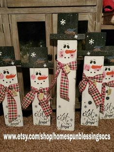 Wooden Christmas Crafts, Wooden Christmas Decorations, Christmas Signs Wood, Christmas Yard, Outdoor Christmas, Rustic Christmas, Christmas Projects, Fall Crafts, Holiday Crafts