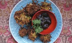 Felicity Cloake's perfect onion bhajis.