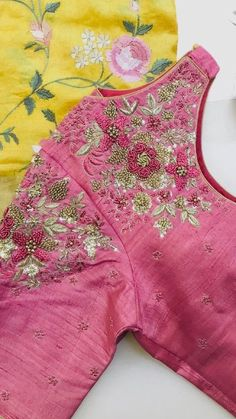 Global Market Leader in Ethnic World , We serve End to End Customizable indian Dreams That Reflect with Amazing Handmade Zardosi Art By Expert Workers , Worldwide Delivery Fancy Blouse Designs, Sari Blouse Designs, Bridal Blouse Designs, Blouse Patterns, Indian Fancy Dress, Hand Embroidery Designs, Maggam Works, Global Market, Work Blouse