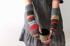 Hand knit urban rustic fingerless mitts / autumn color / earthy brown / apple red / rustic gray / arm cozy / mix and match arm warmers – armstulpen stricken Brown Apple, Red Apple, Crochet Gloves, Knit Mittens, Fair Isle Knitting, Hand Knitting, Loom Knitting Projects, Urban Rustic, Fingerless Mitts
