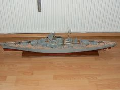 Scale Model Ships, Scale Models, Bismarck Model, Dining Table, Color, Dinner Table, Colour, Scale Model, Dining Room Table