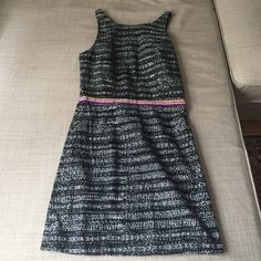 """Adorable open back dolce vita dress Never worn Dolce Vita dress! Open back so cute! Size medium - shoulder to hem 32.5"""" ... Any questions please ask! Dolce Vita Dresses Mini"""