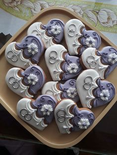 Fall Cookies, Valentine Cookies, Cut Out Cookies, Cute Cookies, No Bake Cookies, Sugar Cookies, Bug Cake, Heart Shaped Cookies, Cookie Press