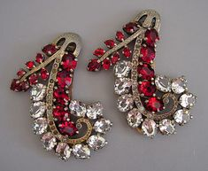 Eisenberg A matched set of dress clips, such as this one from about 1940, is difficult to find.