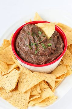 Dip Recipes 311803974199408183 - This easy, vegan black bean dip is perfect for your next get-together, or keep it on hand for afternoon snacking. 80 calories and 0 Weight Watchers Freestyle SP Source by Healthy Dip Recipes, Bean Dip Recipes, Black Bean Recipes, Appetizer Recipes, Healthy Snacks, Vegetarian Recipes, Snack Recipes, Cooking Recipes, Vegan Appetizers