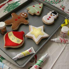 Galletas de navidad echas con fieltro...buena idea para decorar o regalar. (LAG).