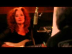 """▶ Bonnie Raitt & David Lindley: Behind the Scenes recording """"Everywhere I Go"""" - (for the new album """"Looking Into You: A Tribute to Jackson Browne"""" - 2014)"""