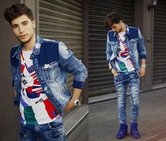 Ayoub Mani - Jacket, Tshirt Junior, Jeans, Sneakers Nike - No matter howe you feel ,get up, dress up and show up .