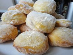 A Prendre Sans Faim: Beignets à la compote de pommes http://www.aprendresansfaim.com/2014/09/beignets-la-compote-de-pommes.html