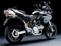 Mon fidèle destrier, my Ducati Multistrada