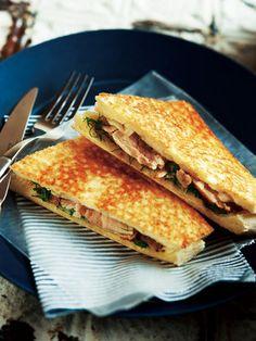 【ELLE a table】鶏肉のローストとハーブのホットサンドレシピ|エル・オンライン
