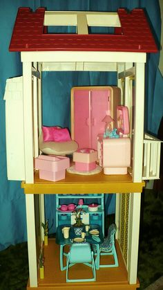 Bedroom of the Barbie A-Frame Dreamhouse by Mattel, 1978