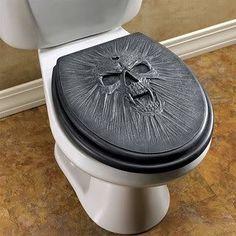 Black skull toilet seat