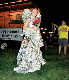 How about a newspaper wedding dress instead of a toilet paper wedding dress? Wedding Newspaper, Wedding Paper, Bridal Shower Photos, Toilet Paper, Joy, Crafty, Wedding Dresses, Fashion, Bride Gowns