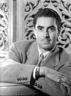 Another favorite of mine of Tyrone Power Old Hollywood Movies, Old Hollywood Stars, Hollywood Icons, Hollywood Actor, Vintage Hollywood, Classic Hollywood, Old Movie Stars, Classic Movie Stars, Classic Man