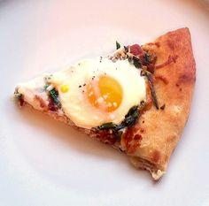 Gluten Free Breakfast Pizza for #SundaySupper