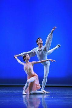 Maria Shirinkina and Vladimir Shklyarov in 'Tchaikovsky Pas de Deux'