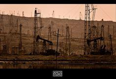Baku oilfields by www.amoschapple.com, via Flickr