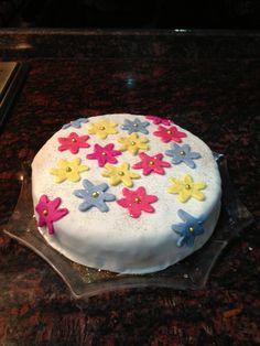 Sugar dough cake