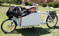 Bullitt Bike - I am so buying this for our 3 boys (can it fit 3?).
