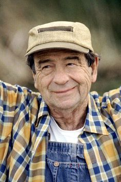 Walter Matthau (10/1/20 - 7/1/2000) American actor best known for his role as Oscar Madison in The Odd Couple and his frequent collaborations with Odd Couple star Jack Lemmon, as well as his role as Coach Buttermaker in the 1976 comedy The Bad News Bears.
