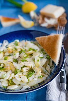 stuttgartcooking: Roher Spargel-Salat mit geröstetem Weißbrot