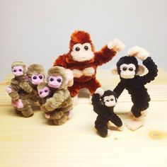 さる♪ゴリラ〜♪チンパンジ〜♪ Pipe cleaner Japanese macaques and Gorilla and chimpanzee  #art #pipecleaner #macaque #gorilla #chimpanzee #monkey #craft #お猿 #モールアート #モール #サル #ゴリラ #チンパンジー