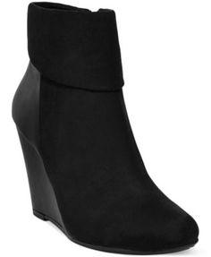 Shoes Shoes Shoes Shoes on Pinterest | Christian Louboutin, Pumps ...