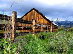 I love old barns. by ada