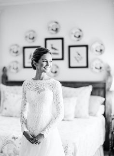 Elegant Destination Wedding in Highlands, North Carolina. Surrounded by memories of her family's vacation home, this bride, wearing a Monique Lhuillier long sleeved lace wedding gown, tied the knot in an elegant outdoor ceremony and reception with soft neutral florals. #highlandsnc #destinationwedding Tuscany Wedding Venue, Luxury Wedding Venues, Destination Wedding, Highlands North Carolina, Highlands Nc, Bridesmaid Poses, Bridesmaid Dresses, Fine Art Wedding Photography, Portrait Photography