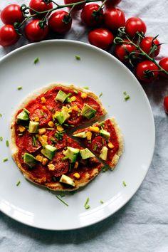 Little vegan Pizza because i had some vegan yeast dough left :)
