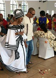 African Wedding Attire, African Attire, African Wear, African Weddings, African Dresses For Women, African Fashion Dresses, African Women, South African Traditional Dresses, Zulu Wedding