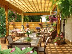 Love this Pergola - maybe over the privacy area