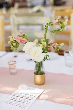#vase, #snapdragon  Photography: Nicole Wasko - www.nicolewasko.com  Read More: http://www.stylemepretty.com/2014/11/03/pink-and-gold-summer-greenhouse-wedding/
