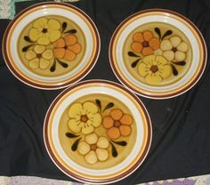 Shop for everything but the ordinary. More than sellers offering you a vibrant collection of fashion, collectibles, home decor, and more. Japan Flower, Chadds Ford, Blossom Flower, Flat Rate, Vintage Japanese, The Ordinary, Dinner Plates, Stoneware, Dish