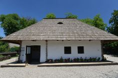 Ion Creanga Gazebo, Ale, Outdoor Structures, History, Celebrities, Outdoor Decor, Home Decor, Kiosk, Historia
