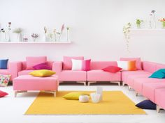 Spring designs produced by beyond textiles in cooperation with Lili Pepper Design Studio.beyond-textil.ch Picture via interio. Rosa Sofa, Sweet Home, Spring Design, Cushion Covers, Upholstery, Furniture Design, Cushions, Couch, Buy Property