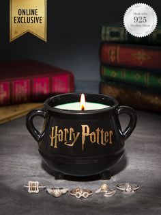 Harry Potter Ring, Cadeau Harry Potter, Objet Harry Potter, Harry Potter Candles, Theme Harry Potter, Harry Potter Hogwarts, Jewelry Candles, Candle Rings, Earl Grey Tee