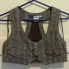 Bongo Plaid Tweed Vest M Medium plaid tweed racerback button down style. Cropped with faux pockets. 100% cotton! Excellent condition! Worn twice. BONGO Tops