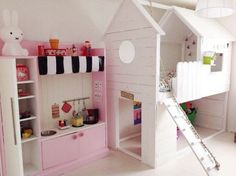 (^o^) Kiddo (^o^) Lofty ~ Kids Loft Bed ~ Ikea Kura bed hacked into a little white house Kura Bed Hack, Ikea Kura Hack, Ikea Hacks, Ikea Mydal, Ikea Loft Bed Hack, Playhouse Bed, Casa Kids, Little White House, Ikea Bed