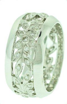 White gold and diamond ring - Brisbane Jeweller - Diamond Jewellery - MONTASH Jewellery Design - www.montash.com.au