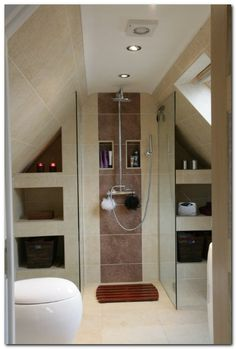 ideas for bedroom loft storage space saving Loft Ensuite, Loft Bathroom, Upstairs Bathrooms, Bathroom Canvas, Narrow Bathroom, Attic Rooms, Attic Spaces, Wet Rooms, Loft Conversion Bedroom