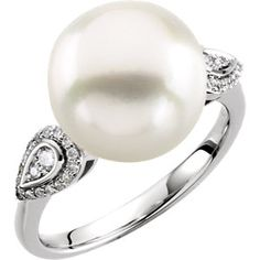 14kt White 12mm South Sea Cultured Pearl & 1/6 CTW Diamond Ring