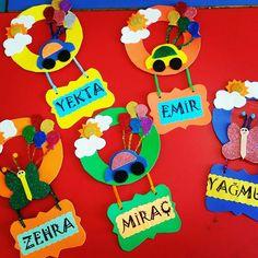Kapı süsü. Karne hediyesi Elsa, Origami, Diy And Crafts, Preschool, Education, Gifts, Bedroom Decor, Manualidades, Crafting