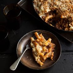 Pasta bolognese mac and cheese